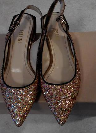 Fellini ,нарядные туфельки