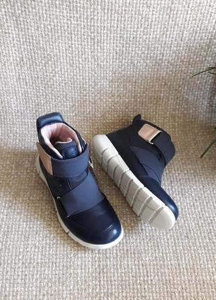 Черевики шкіряні ecco intrinsic sneaker 705122 розмір 28,31