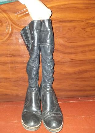 Високі зимові чоботи