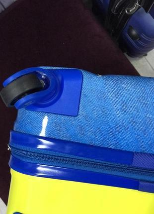 Уценка! детский пластиковый чемодан с миньйоном3 фото