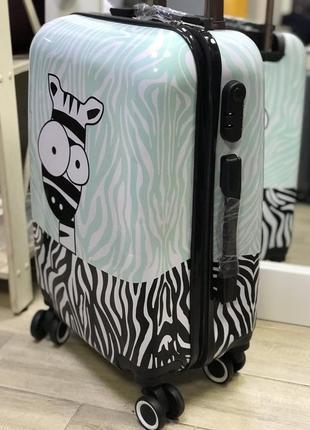 Уценка! принтованный чемодан из пластика с принтом зебра3 фото