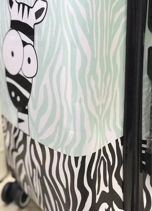 Уценка! принтованный чемодан из пластика с принтом зебра4 фото