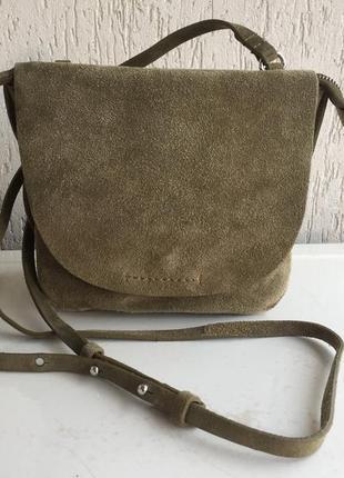 Замшевая сумка через плечо clarks. индия