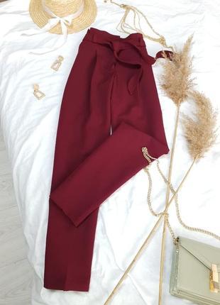 Стильні брюки бордового кольору з пояском від new look