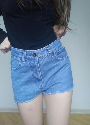Шортики джинсові