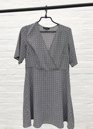 Платье от new look