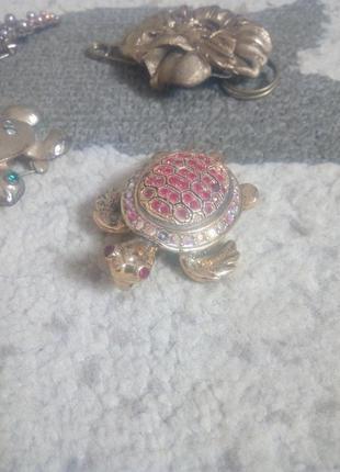 Красивая золотая брошка черепашка с кристаллами  swarovski, подвеска  bobijou.