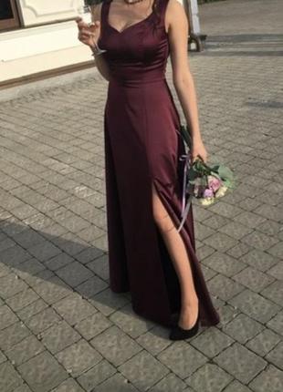Плаття для дружок нареченої,на випускний