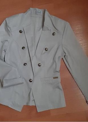 Стильный пиджак xs-s