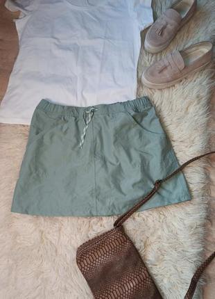 Фирменные спорт юбка с шортами очень приятного оттенка
