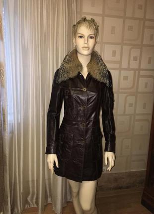 Кожаное пальто плащ дубленка с мехом волка