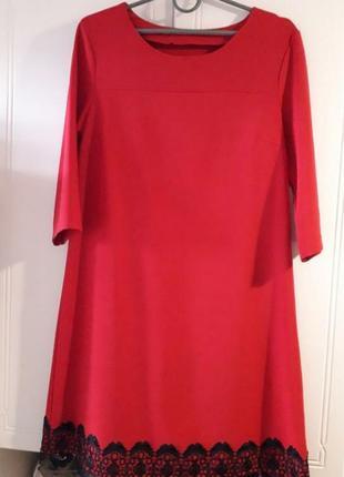 Красное елегантное платье