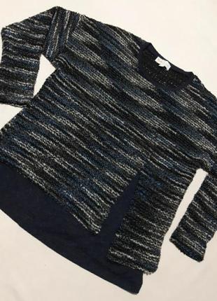 Стильный вязаный свитерок, с имитацией двойки внизу по кругу