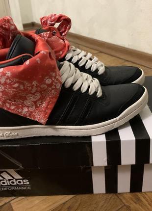 Кросовки кроссовки кроси кросы кросівки адидас адідас адіки адики adidas