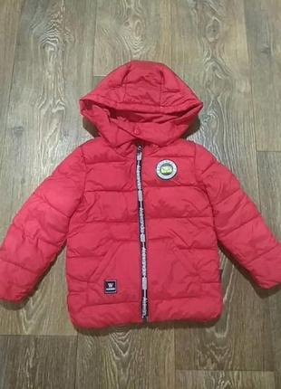 Курточка на девочку 2-3 года.