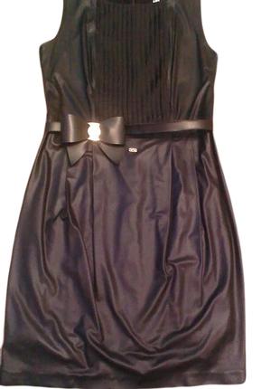 Неймовірне нарядне плаття (платье) waggon paris. імітація шкіри