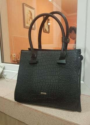 Welfare сумка  черная эко-кожа рельеф