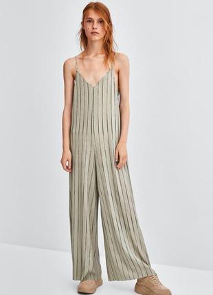 Zara trafaluc - комбинезон-кюлот с широкими струящимися брюками sand & black.  размер s