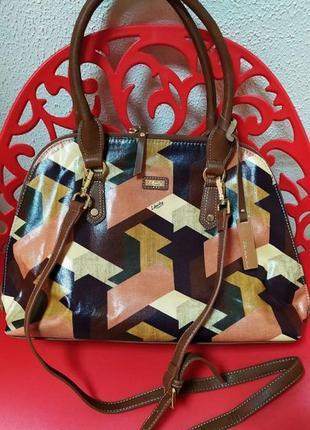 Вместительная  брендовая сумка