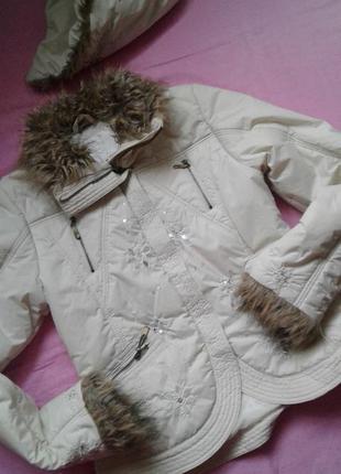 Курточка размер m