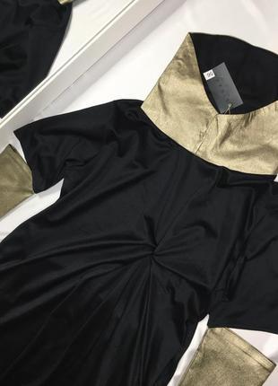 Платье с золотыми вставками размер 56-58
