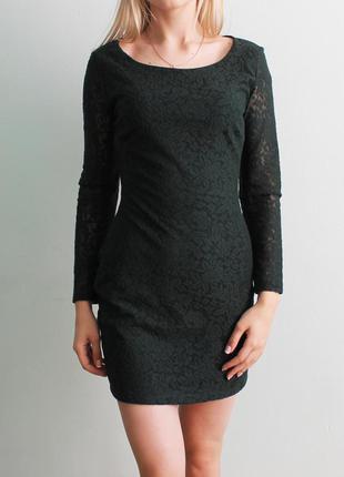 Гипюровое платье с открытой спинкой zara