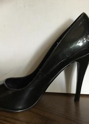 Красивые туфли кожа