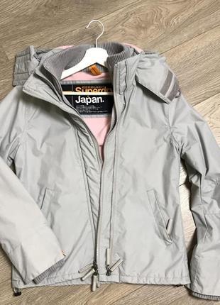 Женская куртка superdry
