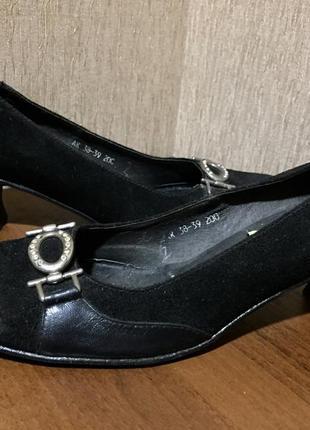 Распродажа женской обуви! замшевые туфли