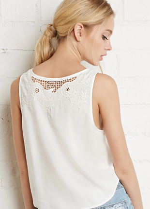 Нарядная майка блуза топ с вышивкой белая свободного покроя forever21, оригинал 12 l 48