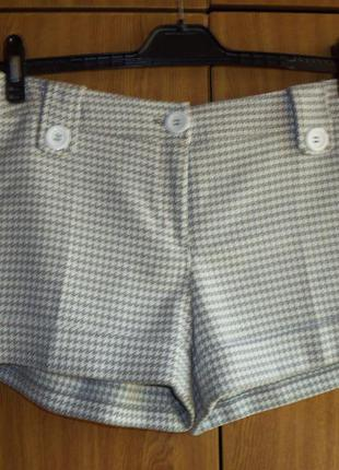Крутые шорты в гусиную лапку