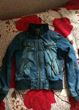 Прикольная джинсовая куртка