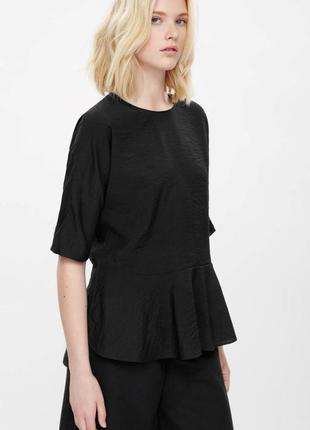 Оригинальная блуза от бренда cos разм. 4,12