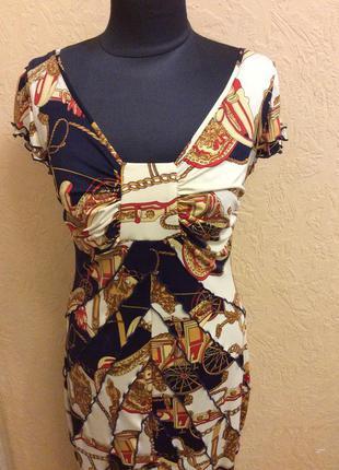 Платье bgl красивое мах.длина необычный рисунок р.48-50