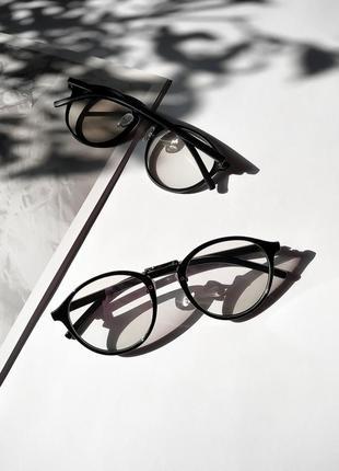 Очки для имиджа в черной оправе