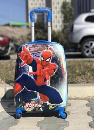 Уценка! пластиковый чемодан  дисней / валіза пластикова дитяча