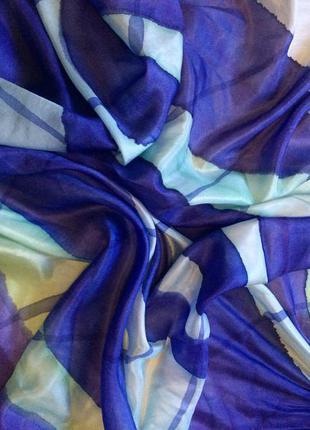 Шелковый платок (батик)  88-86 см подписной