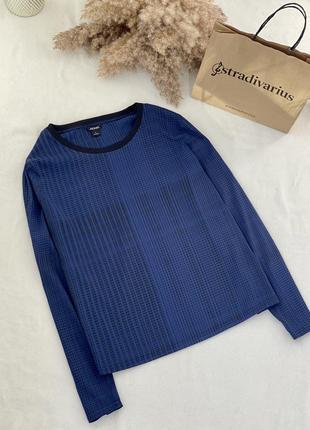 Свободная блуза с трикотажным круглым вырезом monki