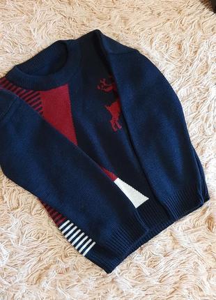 Класичний светр, новий,  але без бірок