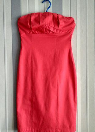 Продам платье розового цвета без бретелей м размер