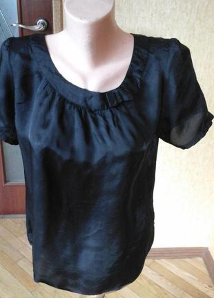 Черная блуза фирмы oasis