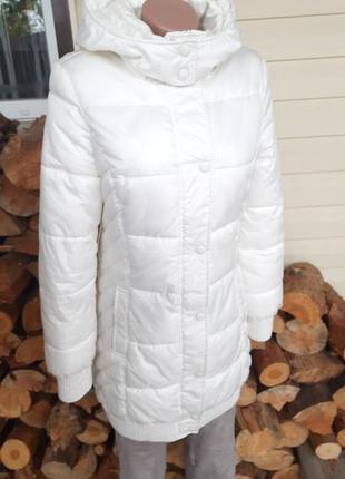 Белая удлиненная курточка