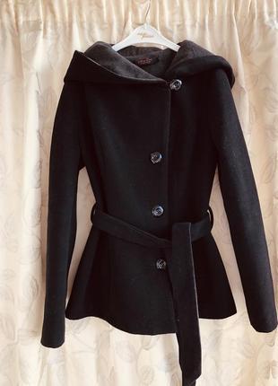 Шерстянное пальто cootic s