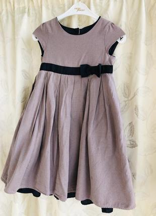 Нарядное платье котоновое 6-7 лет