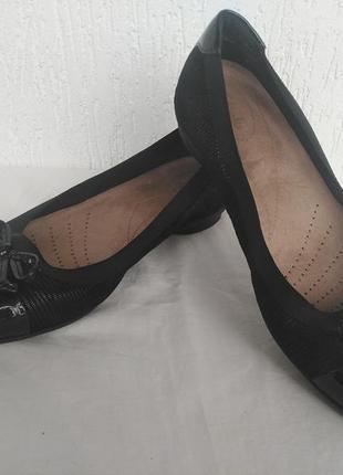 Туфли балетки  кожанние clsrks artisan  р.38.5