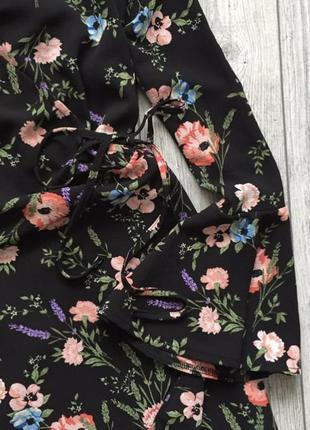 Плаття платье на запах2 фото