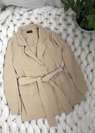 Пиджак жакет с поясом карманами на запах фактурный