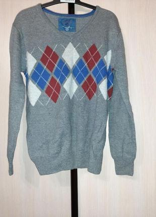 Стильный свитерок-джемпер для мальчика.в составе шерсть.р 9-11 лет