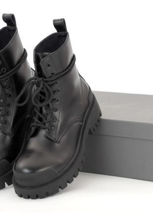 Шикарные женские ботинки