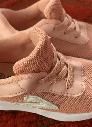 Кроссовки для девочки 24 размер